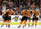 """""""Flyers"""" divreiz atspēlē divu vārtu deficītu un izcīna septīto uzvaru pēc kārtas"""