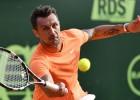 Futbola leģenda Maldīni profesionālajā tenisā debitē ar sakāvi