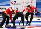 Kērlingā noskaidrotas atlikušās četras olimpisko spēļu dalībnieces