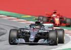Ungārijas GP: Fetels pēc avārijas mēģinās revanšēties Hamiltonam