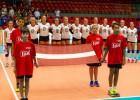 Latvijas sieviešu izlase dramatiskā piecu setu cīņā atzīst dāniešu pārākumu