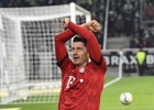 """Bayern"" izmanto Dortmundes neveiksmi, tabulā līdzsvars"