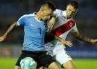 """Urugvaja revanšējas Peru par pāridarījumu """"Copa America"""" 1/4 finālā"""