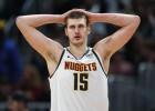 """""""Nuggets"""" pozitīvu testu dēļ slēgusi treniņu bāzi, """"Pelicans"""" trīs saslimušie"""