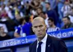 Zidāns un Koulmens starp desmit kandidātiem uz FIFA gada trenera balvu