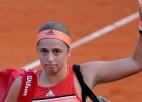 """Ostapenko nespēj uzlabot spēli un """"French Open"""" zaudē pirmajā kārtā"""