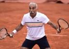 Video: Veterānu tenisa šovmeņa priekšnesums Vimbldonā