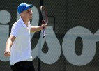 """Ozoliņš zaudē """"Australian Open"""" vienspēļu pusfinālā un piedzīvo neveiksmi dubultspēļu finālā"""