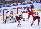 """Latvijas U18 hokejisti pirmie izvirzās vadībā, tomēr """"Arēnā Rīga"""" zaudē Krievijai"""