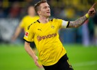 """""""Bayern"""" izlaiž uzvaru, 1. un 9. vietu šķir tikai divi punkti"""