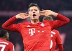 """Levandovskim Bundeslīgā 16 vārti 11 spēlēs, """"Bayern"""" klasikā sagrauj Dortmundi"""
