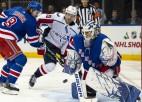 Panarins rezultatīvs 12. spēlē pēc kārtas, Lundkvists atstāj vēl vienu nospiedumu NHL vēsturē