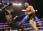 Fjūrijs dominē, nokautē Vailderu un kļūst par WBC pasaules čempionu