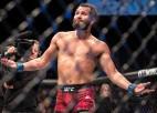 """Trīs jostas, seši tīkotāji: UFC zvaigznes kārtos rēķinus ''Cīņu Salā"""""""