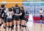 """Superkausu spraigā spēlē izcīna """"Rīgas Volejbola skolas"""" meitenes"""
