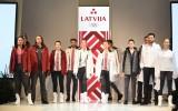Foto: Latvijas olimpiskās izlases tērpi prezentēti