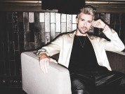 Video: Markus Riva gadu uzsāk ar jaunu, personisku dziesmu
