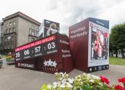 Basketbola pulkstenis Rīgas centrā skaita laiku līdz valstsvienības pirmajai spēlei EuroBasket2015