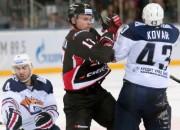 """KHL līderei Omskas """"Avangard"""" ceturtā uzvara piecās spēlēs"""