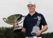 """Spīts 22 miljonus vērto sezonu pabeidz ar """"FedEx Cup"""" triumfu"""