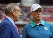 """Pēc izgāztā sezonas sākuma """"Dolphins"""" atlaiž galveno treneri"""