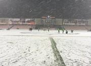 Kurakins un Šteinbors uzvar, Tarasovam un Šabalam ziemas dēļ atceļ spēles