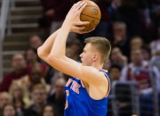 """Porziņģim pieci punkti, """"Knicks"""" gandrīz izglābjas no -27"""