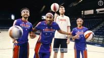 """Bertāns trenējas ar slaveno basketbola triku komandu """"Globetrotters"""""""