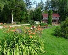 """Video: #3 """"12 dārzu maģija"""" – Kas īpašs Dvīņu dārzā?"""