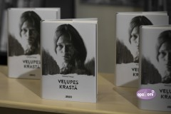 """Video: Atkārtoti izdota grāmata """"Veļupes krastā"""" par izsūtījuma šausmām, tapusi arī filma"""
