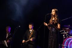 """Video: """"Saldās sejas"""" un Katrīna Bindere publicē jaunu dziesmu"""