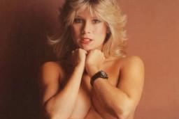 Rīgā uzstāsies 80-to gadu seksa simbols Samanta Foksa