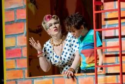 """Pirmajā skolas dienā Operetes teātris aicina bērnus uz pasākumu  """"Ar Karlsonu uz skolu!"""""""