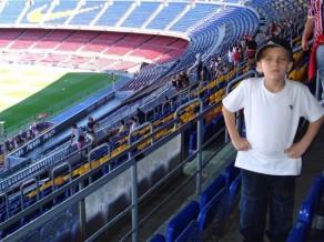 """""""Barcelona"""" tiek pie sešus gadus veca """"Brazīlijas Mesi"""""""