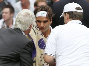 Spītējot muguras savainojumam, Federers sasniedz ceturtdaļfinālu