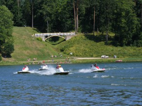 Sestdien Alūksnes ezerā notiks Baltijas čempionāts ūdens motosportā