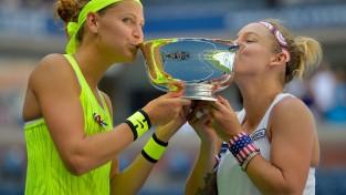 """Mateka-Sendsa un Šafāržova izglābjas finālā un triumfē """"US Open"""""""
