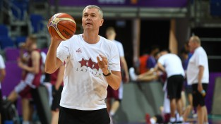 Bagatskis neturpinās vadīt Latvijas izlasi