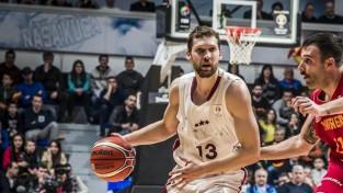 Dikeulaku un Strēlnieks nosaukti par šī gada Latvijas labākajiem basketbolistiem