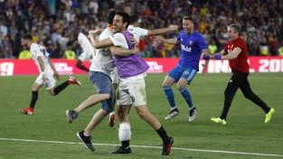 """""""Valencia"""" uzvar """"Barcelona"""" Karaļa kausa finālā"""