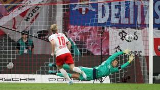 """Roisam divi vārti, """"Borussia"""" grauj; """"Bayern"""" zaudē punktus Leipcigā"""