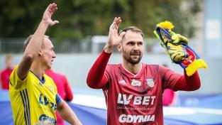 """Šteinbors kapteiņa lomā, """"Arka"""" trillerī izrauj neizšķirtu, Dubra piekāpjas Kijevas """"Dynamo"""""""