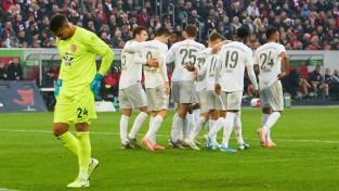 """""""Bayern"""" graujoši uzvar un tuvojas pirmajai vietai"""