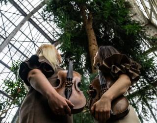 Duets VIOLIN DIIVAS aicina uz īpašiem vasaras koncertiem