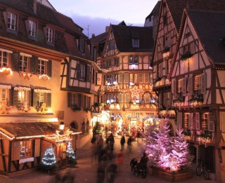Ieskats Eiropas skaistākajos Ziemassvētku tirdziņos