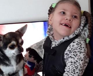 Mazajai Anastasijai trūkst līdzekļu rehabilitācijai