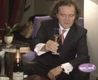 Video: Emanuēls Tetanžē: Šampanietis ir dvēseles centrs un Rīgai tas piestāv