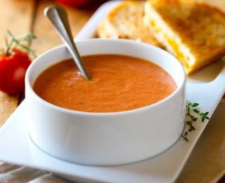 Tomātu zupa
