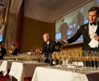 Raimonds Tomsons atzīts par Eiropas labāko vīnzini