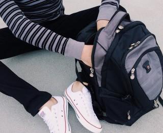 Esi gatavs pirmajai skolas dienai? Iegādājies īsto mugursomu!
